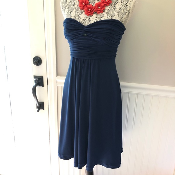 Laundry By Shelli Segal Dresses & Skirts - Laundry Blue strapless sz 4 cocktail dress